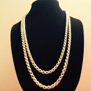 GOLD TONE 56 INCH CHAIN NECKLACE